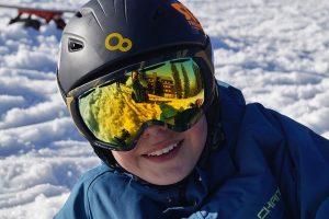 LINE MINER XM: משקפי הסקי האלה של אוקלי גורמים לי להיראות כמו מקצוען