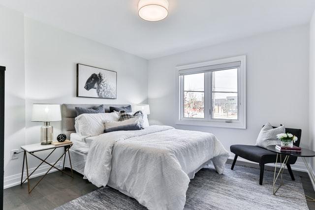 You are currently viewing 5 טיפים פשוטים שיהפכו את חדר השינה שלכם לסוויטה מפנקת ומפוארת